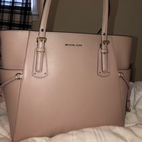 bd30dee40835 Michael Kors Bags | Voyager Small Crossgrain Leather | Poshmark
